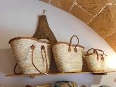 cestas en rafia y tela