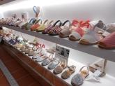 zapatos de señora, albarcas de menorca
