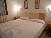 apartamentos con piscina en Menorca, alquiler de casa en menorca