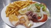 restaurante de playa en menorca, comer bien en la playa menorca
