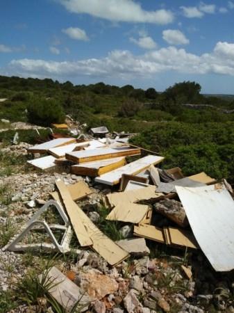 Vigilància i sancions contra els abocaments de residus