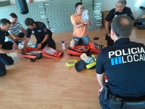 Els agents de la Policia Local de Ciutadella aprofundeixen la formació assistencial sanitària