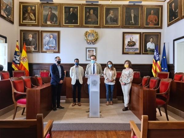 Ajuntament de Maó, Consell i Govern invertiran 868.000 euros en una nova línia d'ajudes directes de 1.500 euros per a empreses de Maó