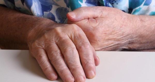 Suspendemos hasta el lunes la atención presencial en atención temprana y centros de mayores