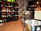 Ron Dictador y vinos exclusivos en lliria, tienda gourmet con vinos y licores exclusivos
