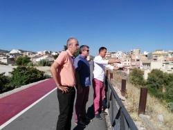 El Ayuntamiento solicitará financiación a la Diputación para la restauración del talud de la calle Velázquez