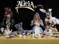 El musical 'Alicia en el país de las maravillas' arriba a l'Eliana diumenge que ve