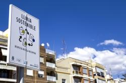L'Ajuntament de Llíria instal·la nous senyals verticals per a l'ordenació de l'aparcament durant les festes