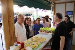 """La Feria """"A Mos Redó"""" inicia un fin de semana gastronómico con los mejores productos de Llíria"""