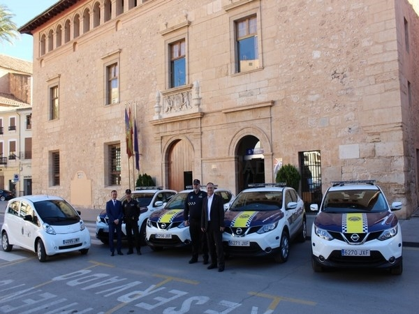 La Policía Local incorpora 5 nuevos vehículos a su parque móvil