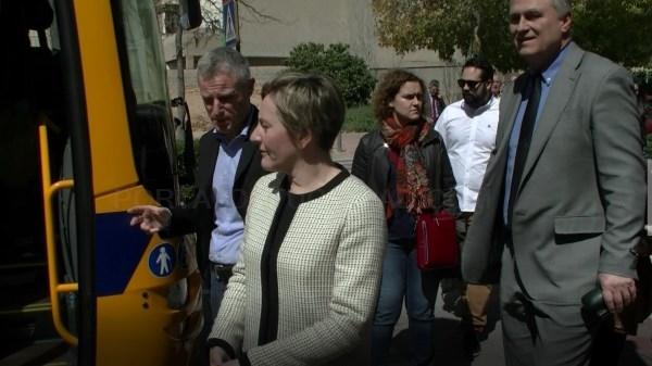 La consellera de Vertebración Territorial visita l'Eliana para presentar la nueva flota de autobuses Valencia-Llíria