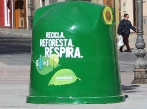 Ecovidrio y el Ayuntamiento de Llíria impulsan una dotación especial de nuevos contenedores de vidrio en el municipio