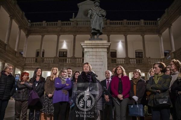 La Universitat reivindica el seu paper com agent actiu en la lluita contra la violència de gènere
