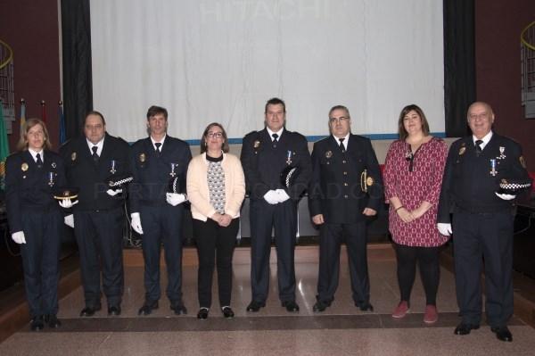 Bétera celebra el Día de la Policía Local condecorando a 5 agentes que llevan 25 años de servicio