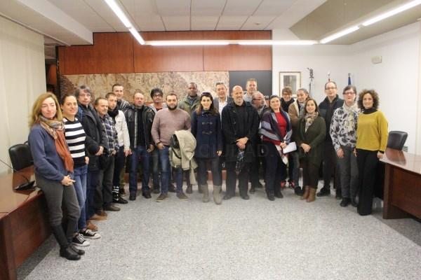 El consistorio de la Pobla de Vallbona da la bienvenida a las 17 personas que han sido contratadas de forma temporal