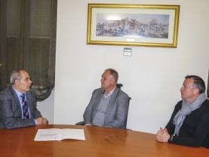 El alcalde de Llíria da su apoyo a la candidatura de la Primitiva a la Medalla de las Bellas Artes