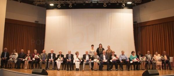 El Ayuntamiento de Bétera rinde homenaje a los matrimonios que este año celebran sus bodas de oro