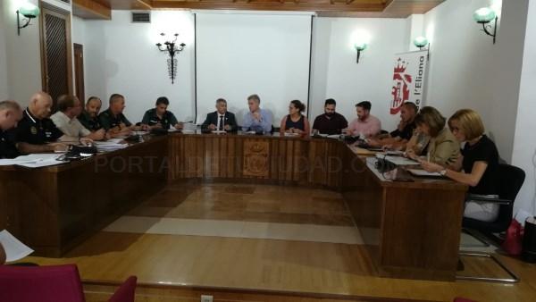La Junta Local de Seguridad se reúne para preparar las Fiestas Mayores en l'Eliana