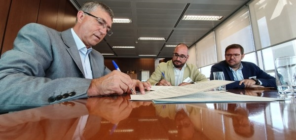 Economia dona suport a l'emprenedoria juvenil per a la consolidació i el creixement de les empreses valencianes