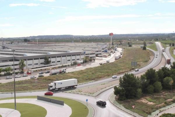 Riba-roja de Túria pide al Estado un relanzamiento de la actividad industrial en los polígonos que aumente su competitividad