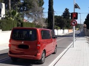 El radar móvil para controlar la velocidad en las calles de l'Eliana entra en pruebas