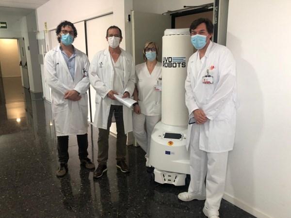 El Hospital de Llíria incorpora equipamiento robótico de última generación a la lucha contra la COVID-19