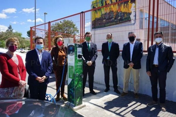 'El Ivace ha apoyado con 2 millones de euros 246 proyectos para estaciones de recarga públicas de vehículos eléctricos'