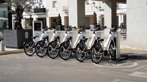 Inaugurado el servicio de préstamo de bicicletas eléctricas BiciSab
