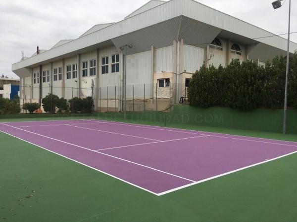 L'Eliana millora les cinc pistes de tennis del Poliesportiu