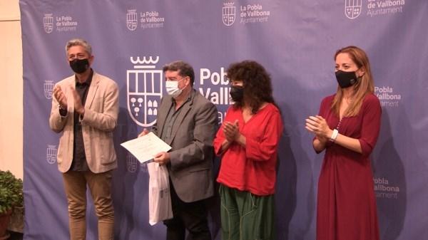 Francesc Viadel y Ferran Bretó ganan los Premios Literarios Teodoro Llorente de La Pobla de Vallbona