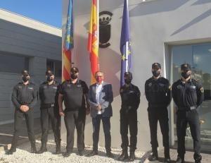 Cinco nuevos agentes se incorporan a la plantilla de la Policía Local de Llíria
