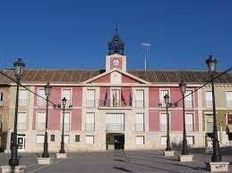 El pleno insta a la Consejería de Educación a aumentar en seis las unidades de Educación Infantil y Primaria en Aranjuez
