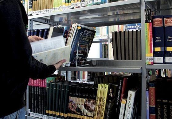 Pinto celebra el Día de la Biblioteca con actividades para animar a la lectura
