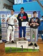 El colmenareño Arturo Cerdá consigue una plata y un bronce en el Campeonato de España de Lucha