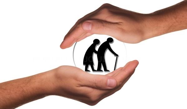 LA CONCEJALíA DE SERVICIOS SOCIALES ORGANIZA UN TALLER PARA PREVENIR RIESGOS Y CAíDAS EN EL DOMICILIO, DIRIGIDO A PERSONAS MAYORES