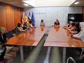 Acuerdo entre el Consell, el Comité de Huelga y las trabajadoras de la limpieza para establecer unos servicios mínimos del 25%