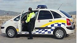 Detención de un hombre por provocar un accidente, dar positivo y atentar contra agentes de policía