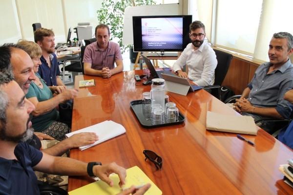 La Conselleria de Territorio, Energía y Movilidad toma medidas ante las quejas por los olores del en torno a la central de Ibiza