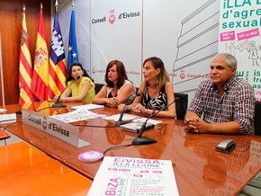 La campaña 'No es no' se amplía al sector del taxi en Eivissa