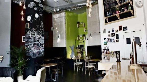 El perro Flaco: tu local de ocio en Móstoles, con un concepto innovador y diferente de negocio