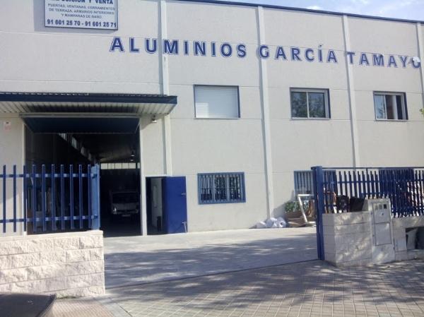 Ontradicciones de la mujer montaje ventanas de aluminio for Ventanales de aluminio zona sur