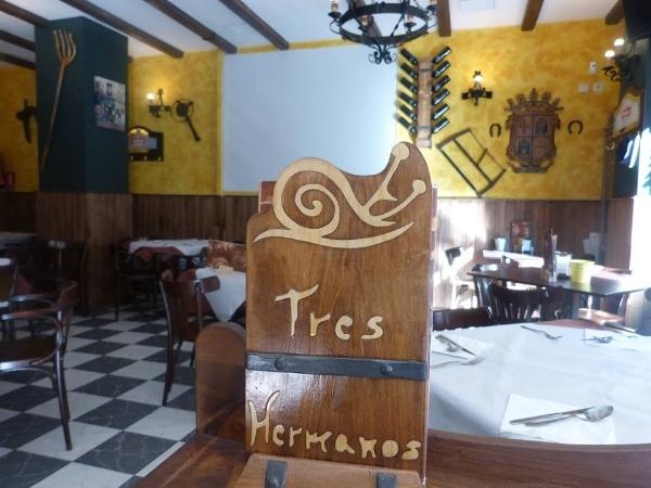 Taberna Tres Hermanos: menus caseros mostoles, menu diario economico mostoles, menus especiales eventos mostoles, menus personalizados, tapear en mostoles,