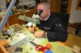 Suministro de fornituras, maquinaria, y herramientas para profesionales del sector de la relojería en Navalcarnero, Relojerías