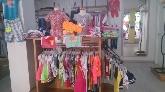 ropa rebajas, interior tienda