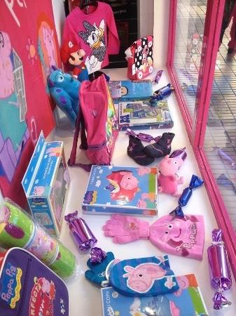 Pekes Toy Store: licencias infantiles marcas mostoles, venta on line, tienda por internet
