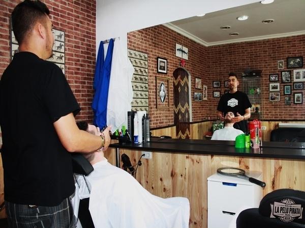 La Pelu Pirata: barber shop , club de jazz, asesores de imagen y estilistas, especialistas en novias en mostoles