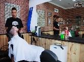 Peluquerias para caballero en Móstoles,  Tratamientos capilares y afeitados en %