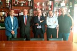 Acuerdo entre la Real Federación Madrileña de Fútbol y el Ayuntamiento de Arroyomolinos