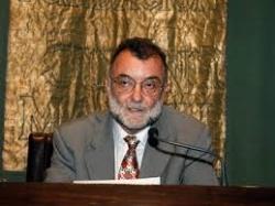 Antonio Carreira ofrece este jueves una conferencia sobre la figura de Cervantes como poeta satírico
