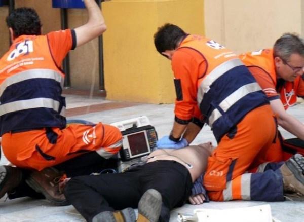 Alcorcón enseña a los vecinos a actuar ante un infarto con motivo del Día europeo de laconcienciación de la parada cardiaca